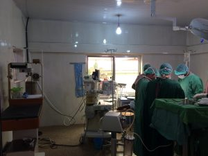 Im OP am Holy Family Hospital in Techiman – Ghana